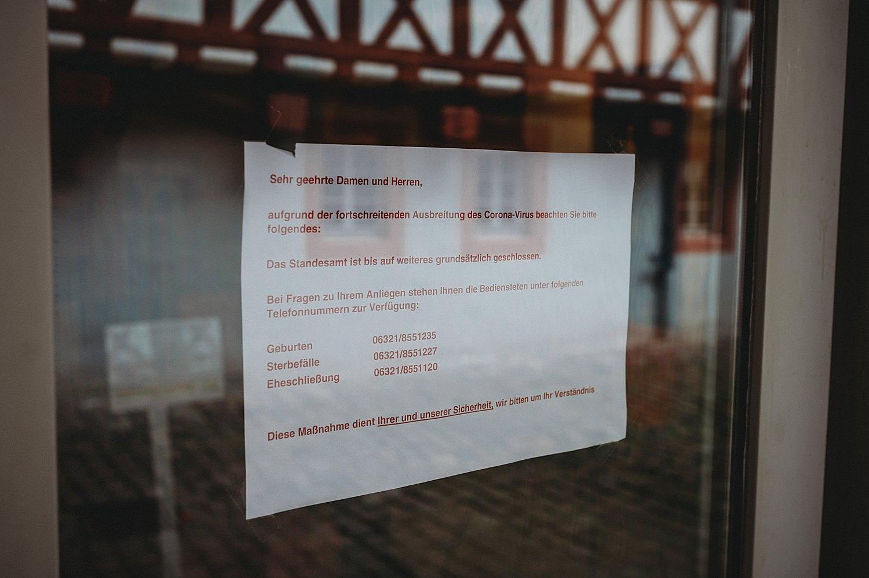 Hochzeit standesamt neustadt weinstraße vorona warnung
