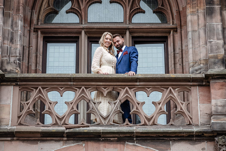 Balkon Brautpaar Saarbrücken St. Johann